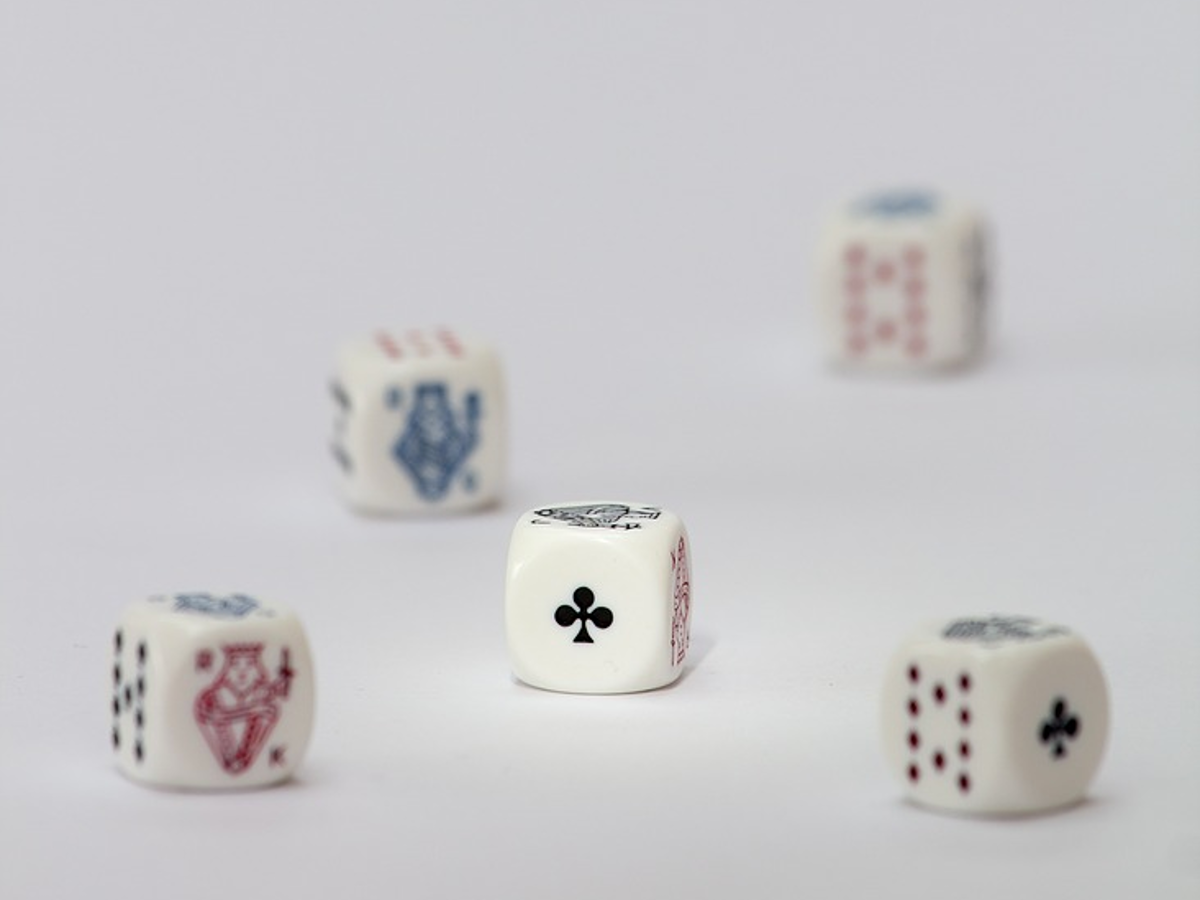 blog post - 5 Benefits of Online Gambling vs Land-Based Casinos